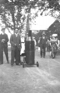 "Class Day time capsule Rollins, Edwin B. 1910. 2x3, box: ""Tufts Films, Vest Pocket Camera"" This date is approximate."