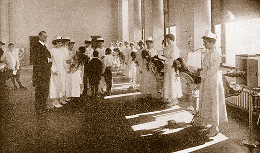 The prophylactic clinic at Forsyth, 1918.
