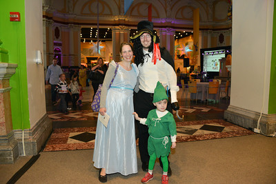 Dressing up isn't just for kids! Some families got really into the Storybook theme.