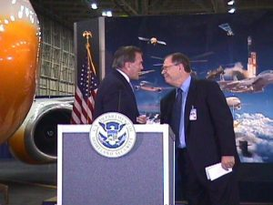 Boeing CEO Phil Condit (R) with U.S. Secretary of Homeland Security Tom Ridge in Seattle, WA, July 24, 2003. FEMA/Mike Howard.