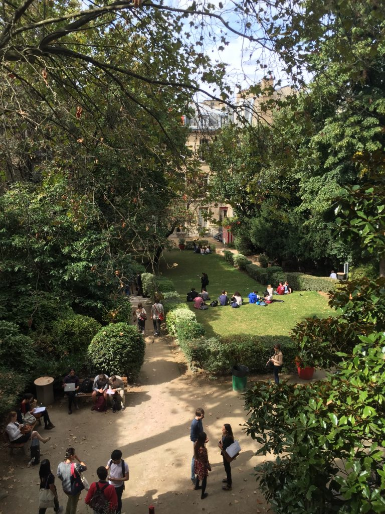 Tatsuo, Courtyard_of_SciencesPo