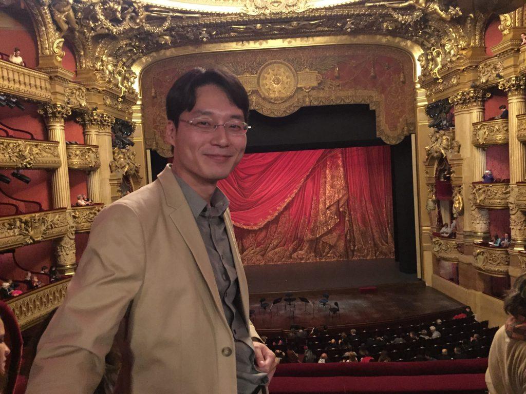 Tatsuo, Enjoying_TheHistoricalArtictic_City