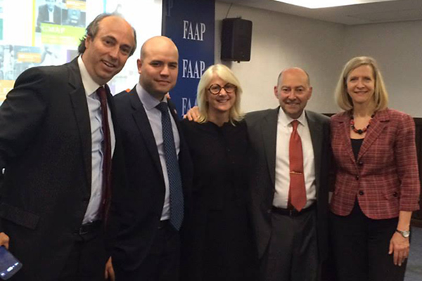 From left to right: Mauricio Folkerts (F81), Pablo Rabczuk (F12), Senior Associate Dean Deborah Nutter, Dean James Stavridis and Geri Smith (F07). — at FAAP - Fundação Armando Alvares Penteado.