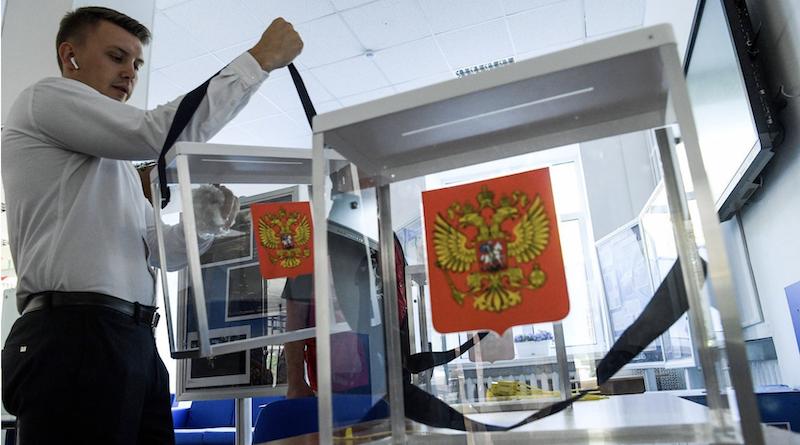 "Professor Chris Miller: ""Russia's Future Is Still in the Hands of Putin's Cronies"""