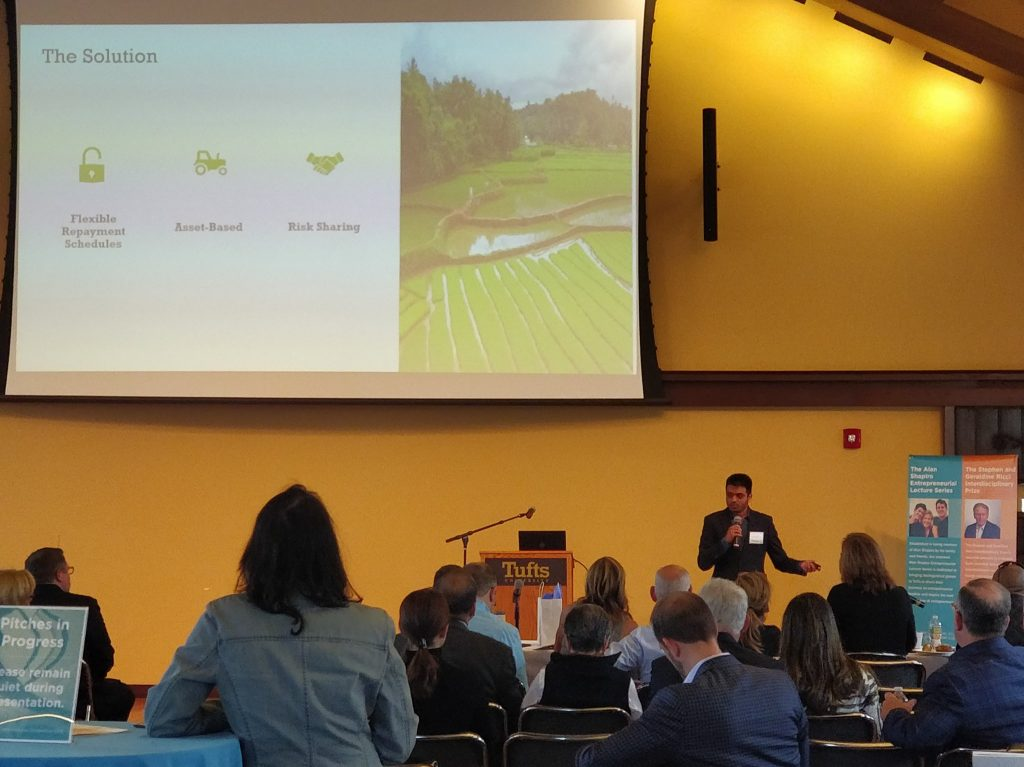 Uzair Akram proposed Kisaan at the Tufts 100K event in April, 2019.