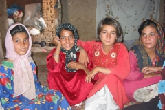 A group of girls in Afghanistan , circa 2003 (courtesy of Dyan Mazurana)